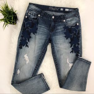 Miss Me signature ankle skinny Size 28